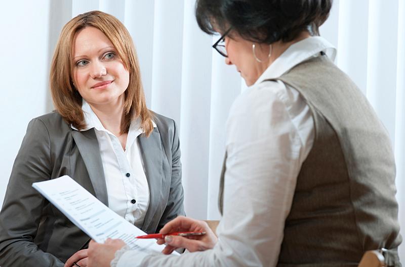 """Många """"kryddar"""" sitt CV för att ligga bättre till på jobbsökarintervjun."""