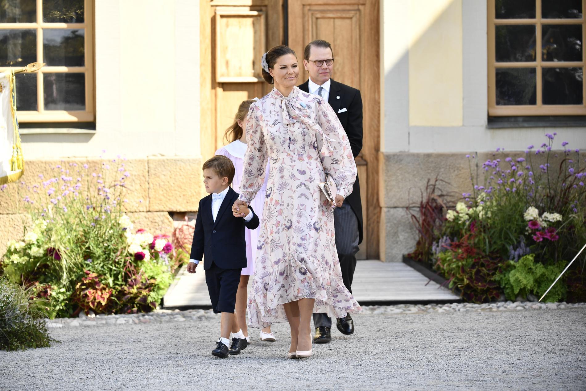 Kronprinsessan Victoria, prins Oscar, prins Daniel.