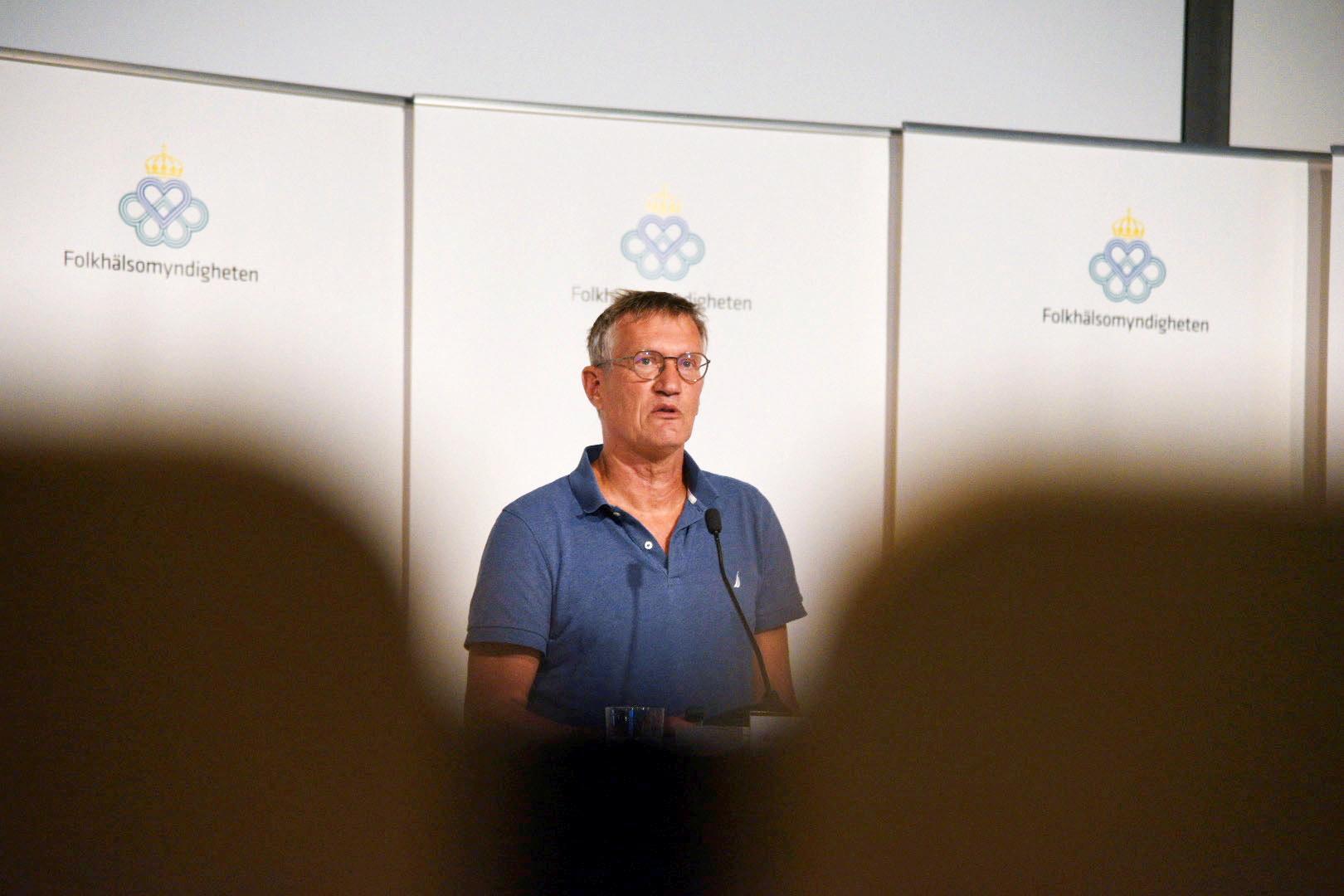 Statsepidemiolog Anders Tegnell kommer åter att få svara på frågor från journalister på plats i Folkhälsomyndighetens lokaler. Arkivbild.
