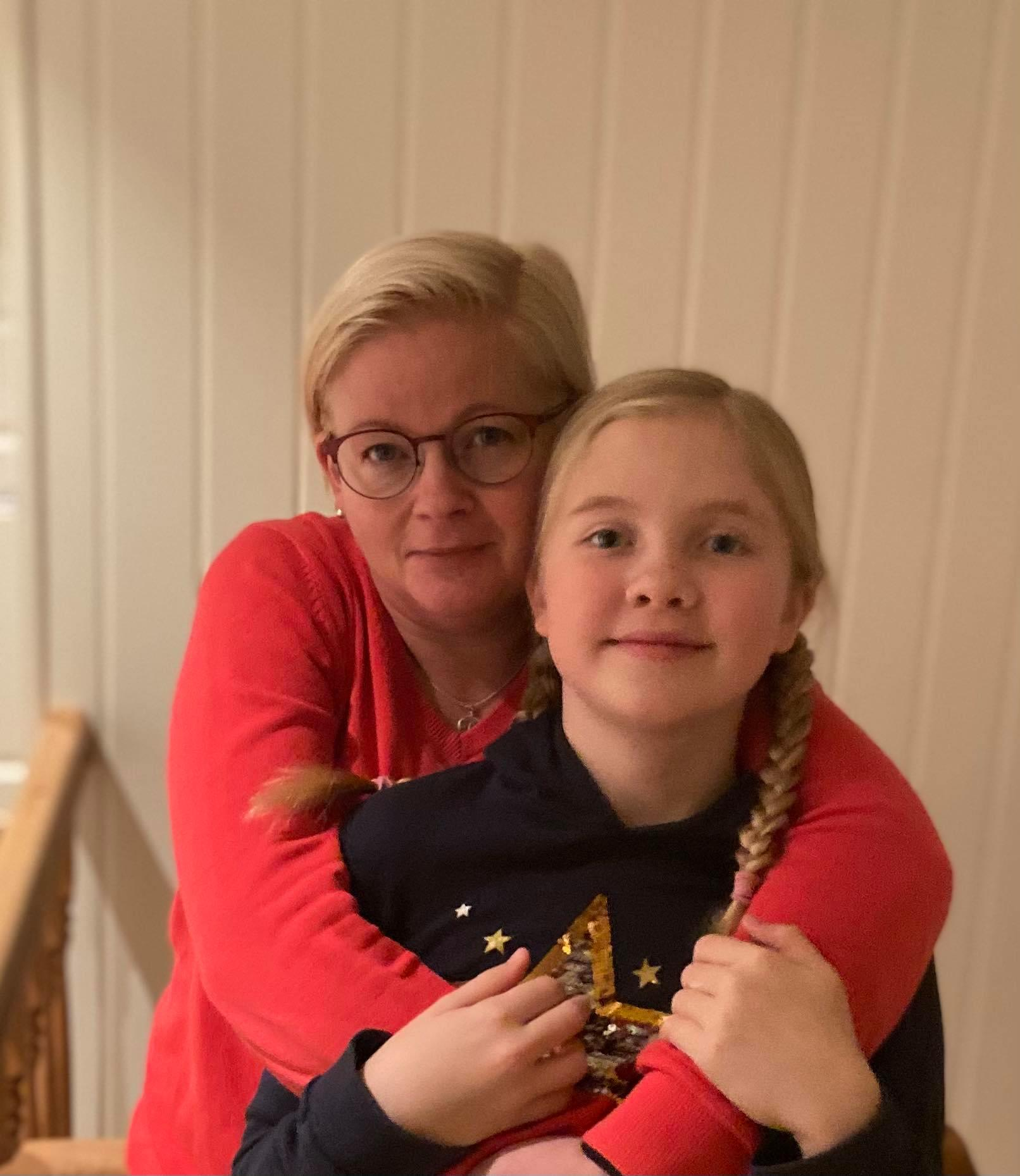 Erika med sin dotter.