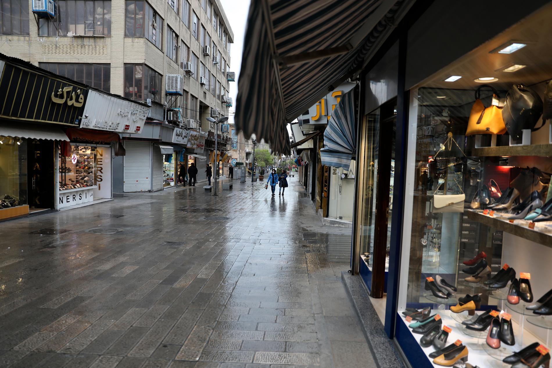 Tomma gator i det virusdrabbade Irans huvudstad Teheran.
