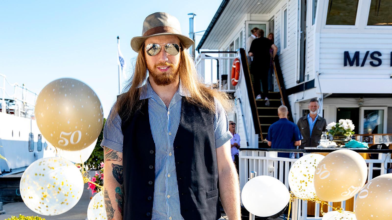 """Jona Tee från rockbandet Heat spelar numera med """"Kickens"""" nya band Crowne."""