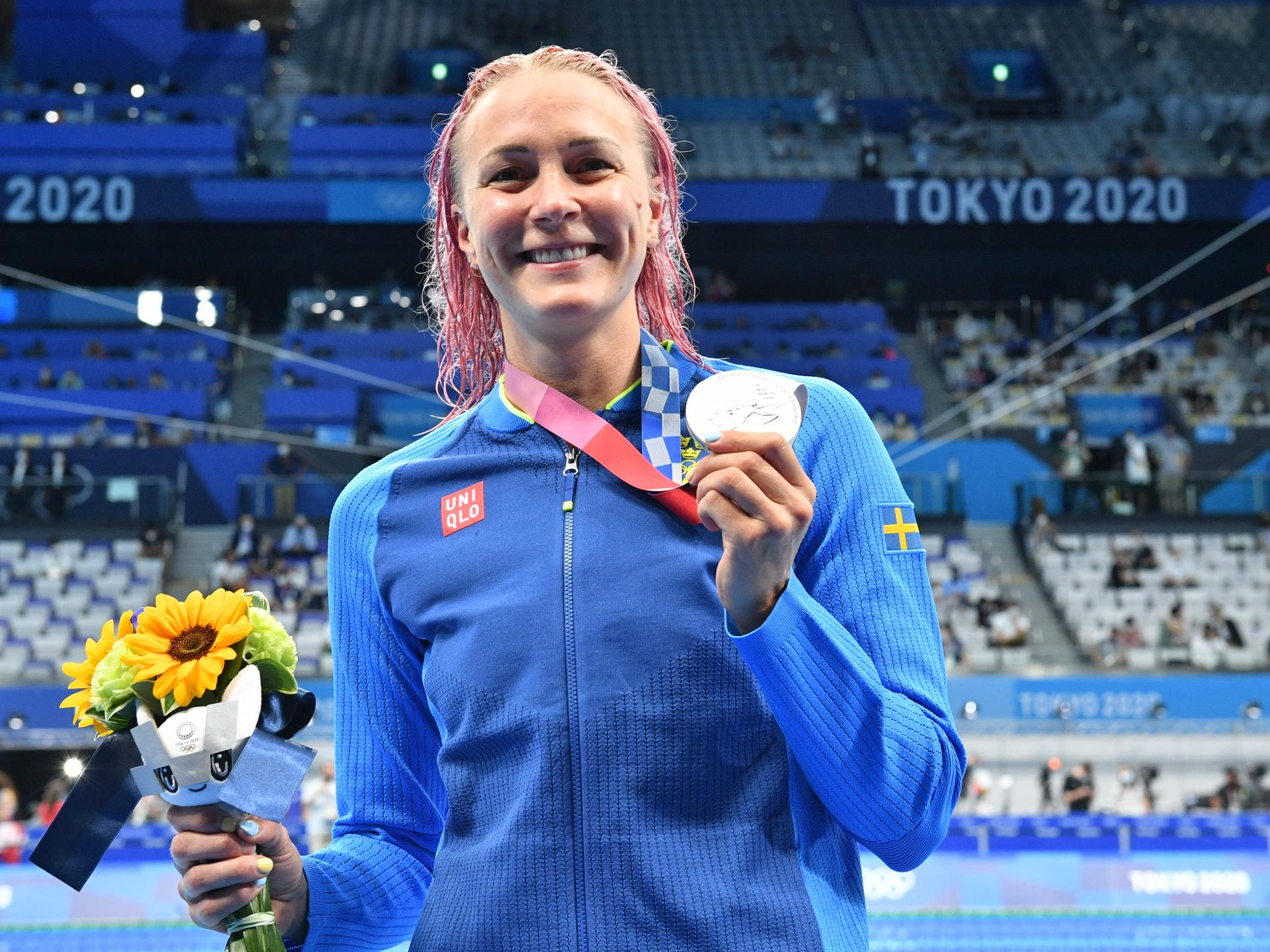 Sarah Sjöström med silvermedaljen efter i 50 meter fritt.