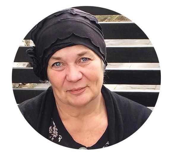 Formgivaren och trädgårdsjournalisten Anna Örnberg.