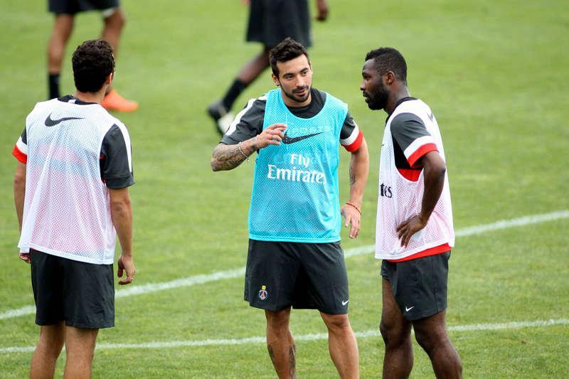 Ezequiel Lavezzi har hunnit träna med sin nya klubb PSG.