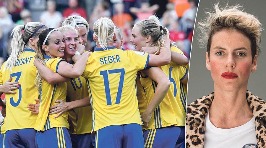 Sveriges damlandslag har de senaste åren tagit hem medaljer i OS, VM och EM. Senast herrarna tog en medalj var i VM 1994. Att hävda att herrarna ska få mer pengar eftersom de presterar bättre är helt enkelt inte hållbart, skriver Nina Rung.