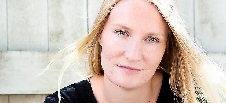 """Annika Paldanius är läkare. """"Jag vet allt det här"""" är hennes romandebut. Foto: Emelie Asplund"""