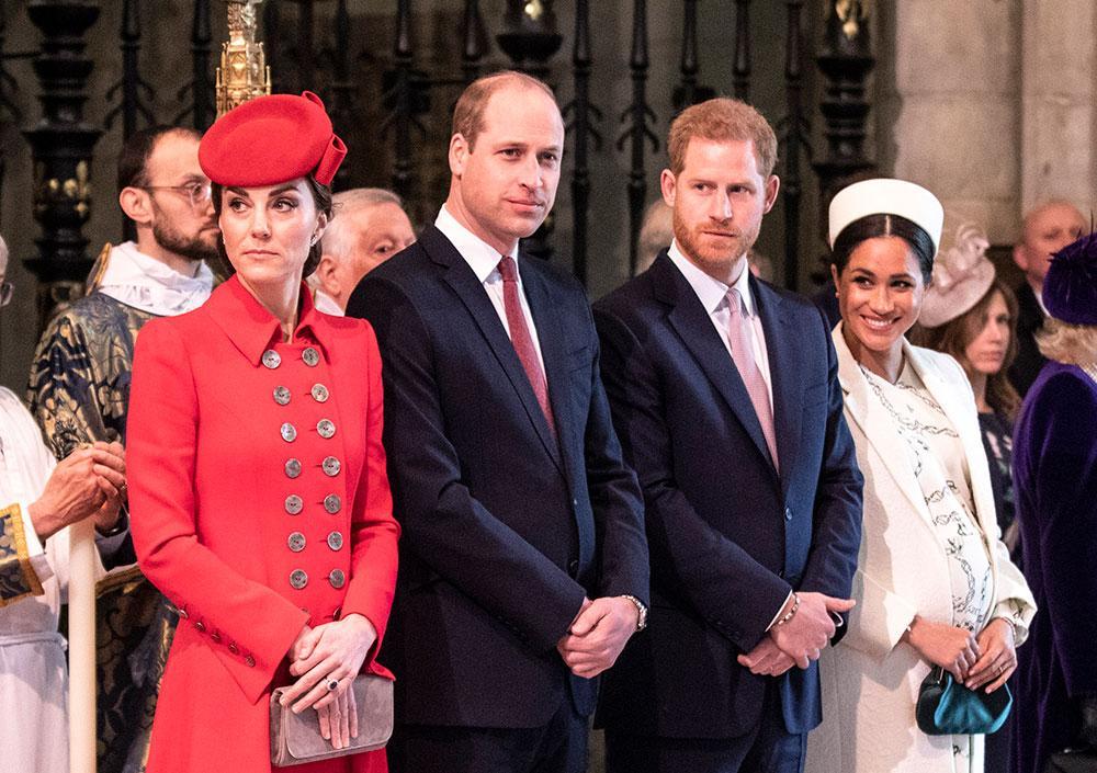 Prinsarna Harry och William innan  de gled ifrån varandra.