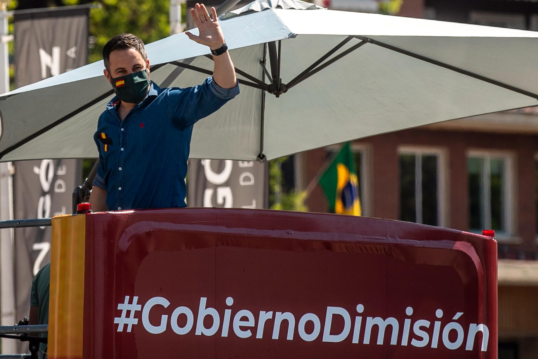 Santiago Abascal, partiledare för högerextrema Vox, under en protest i Madrid.