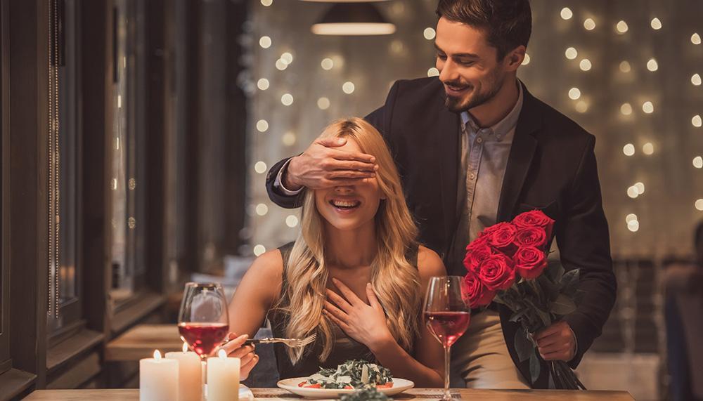 Laga en god middag tillsammans.