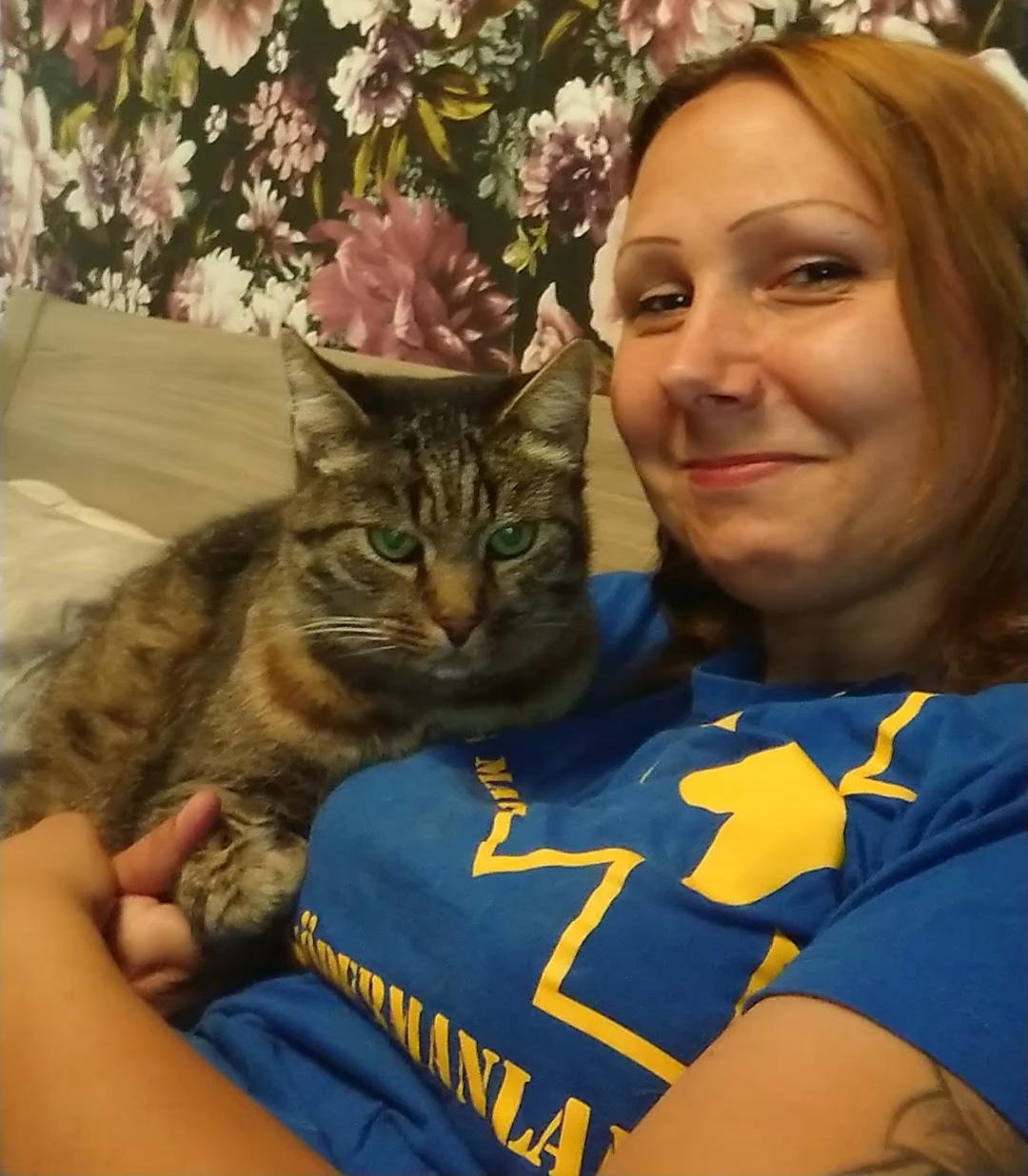 Susanne uppmanar alla djur ägare att märka sina djur.
