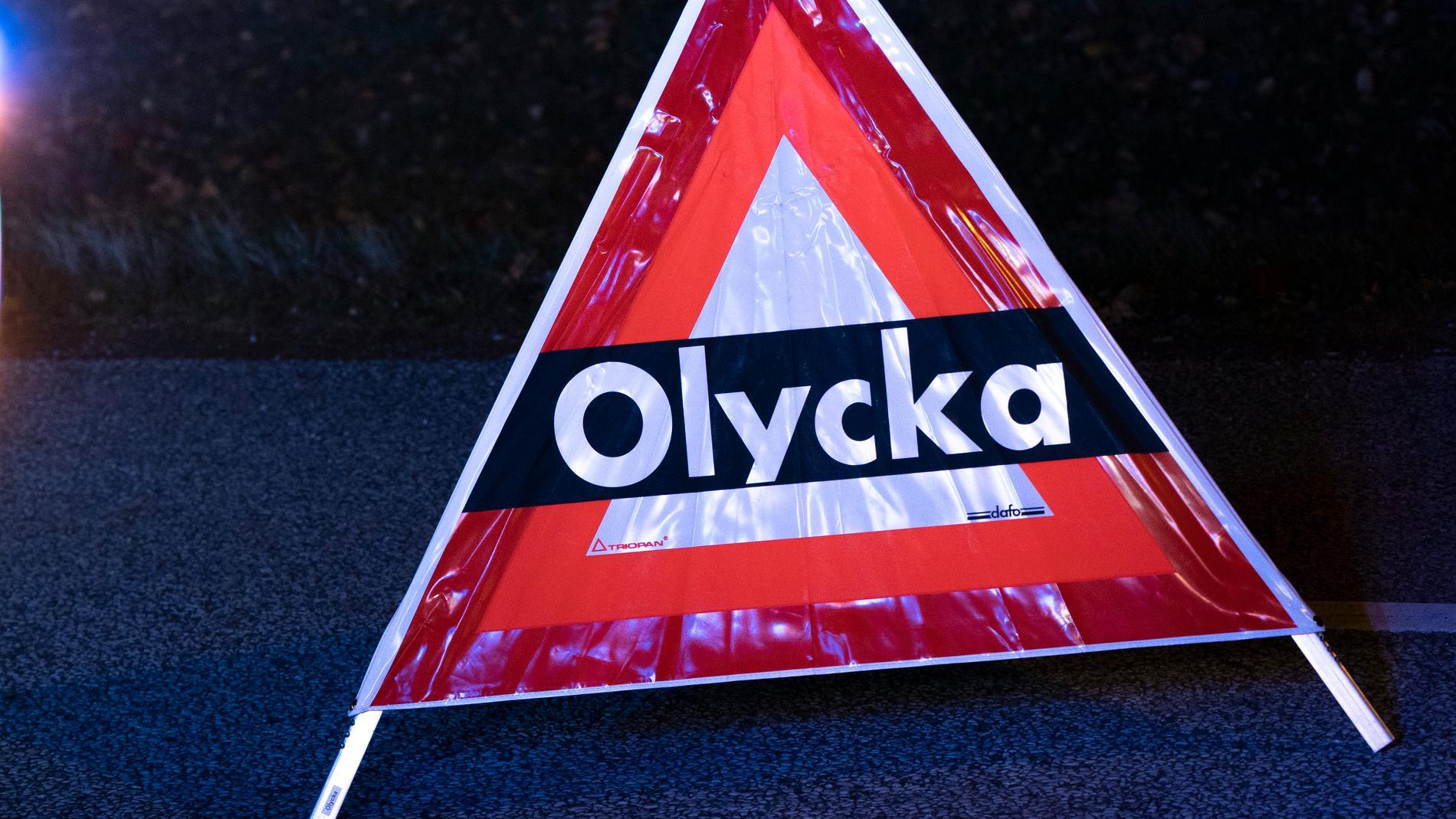 En mc-förare blev mycket allvarligt skadad i en olycka i Trollhättan strax före midnatt. Arkivbild.