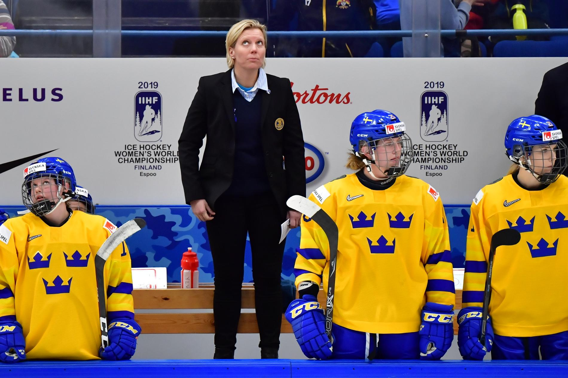 Damkronornas förbundskapten Ylva Martinsen har tvingats ta ut nya spelare till försäsongslägret på Bosön. Arkivbild.