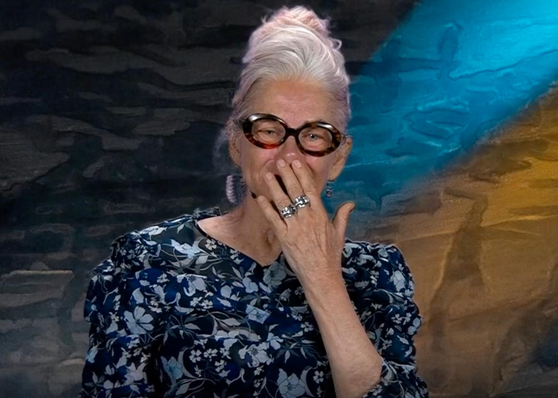 Ewa Fröling föll i tårar när hon berättade om vänskapen med Stina Ekblad.