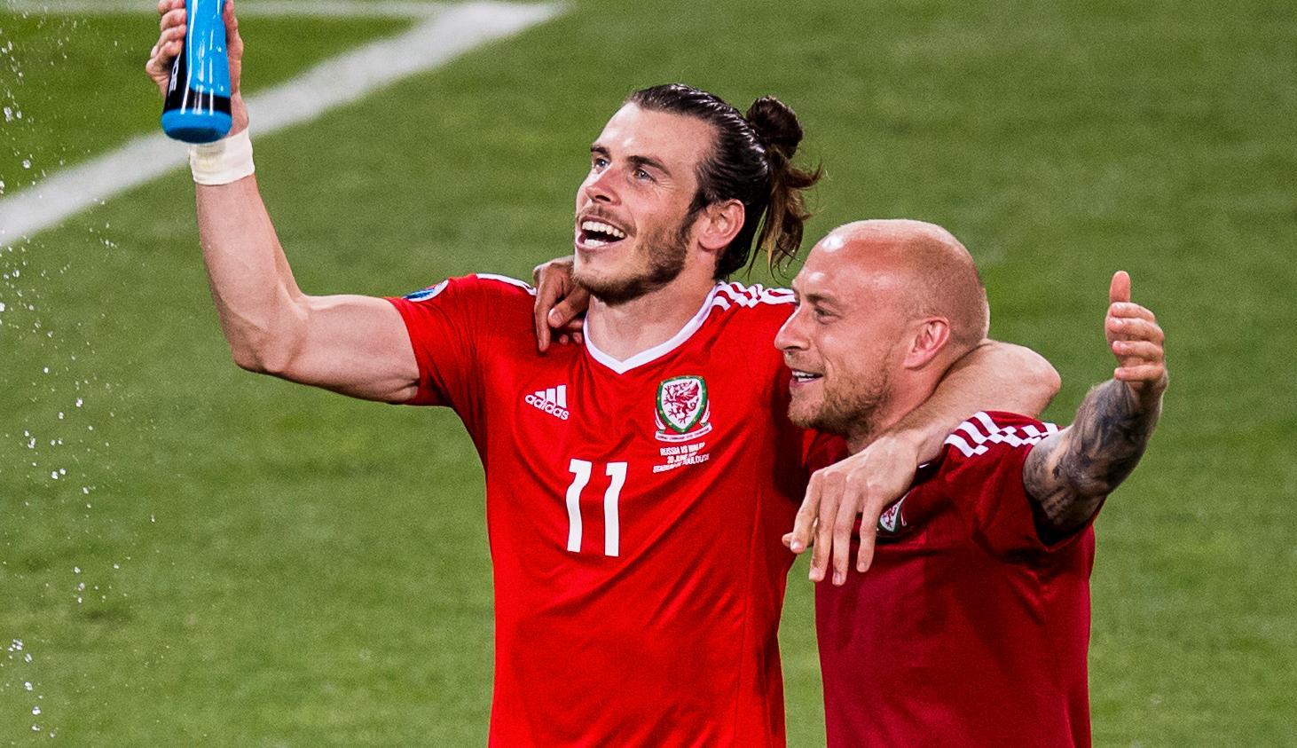 Gareth Bale och David Cotterill.