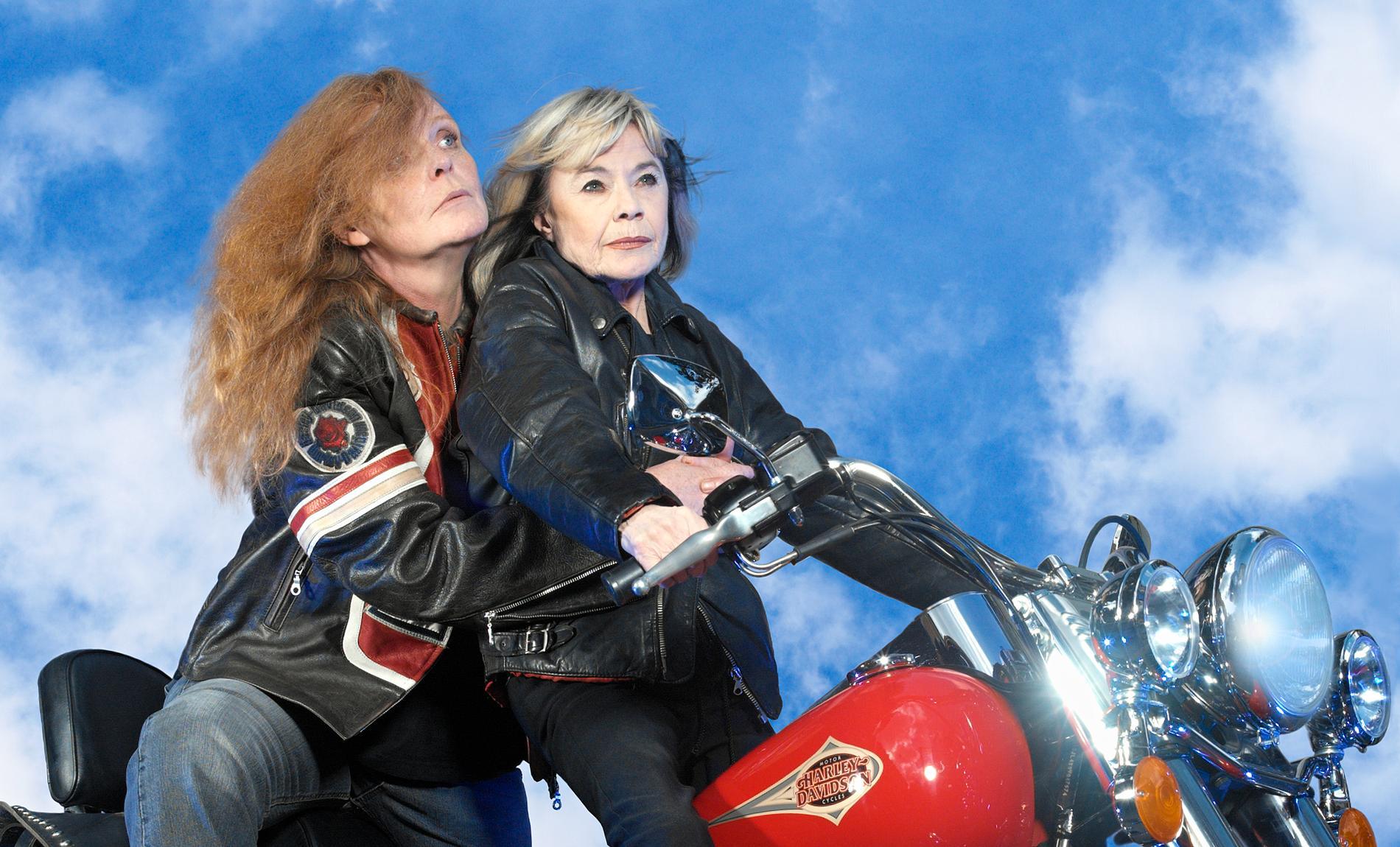 """Lena Nyman och Kristina Lugn gjorde 2003 pjäsen """"Två solstrålar på nya äventyr"""" tillsammans."""