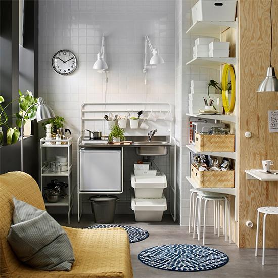 Minikök med portabel spishäll från Ikea.
