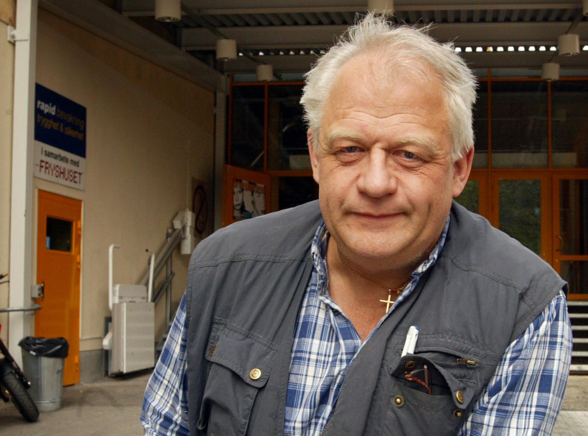 Anders Carlberg utanför Fryshuset 2002.