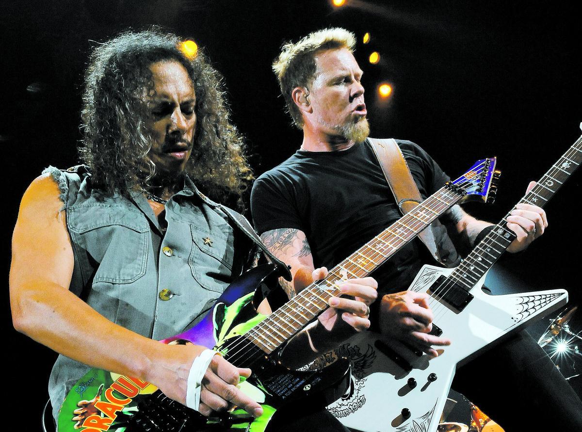 Metallica spikar kvällens repertoar vid en gemensam repetition strax innan de går på scenen. Den 7–8 mars spelar de i Globen och den 18 juli i Hultsfreds Folkets park.