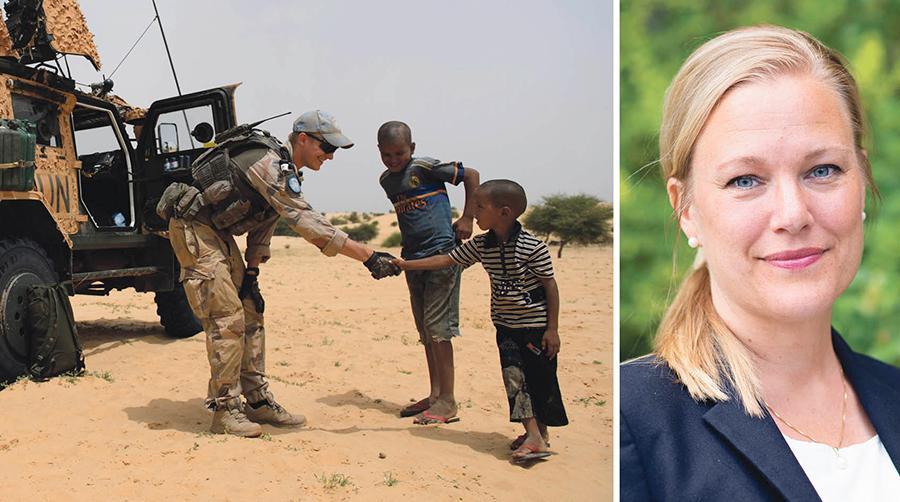 Det saknas en diskussion om det är rimligt att Sverige i snitt har färre än 400 soldater i utlandstjänst, skriver Annelie Börjesson. Bilden visar en svensk FN-soldat i Mali 2015.