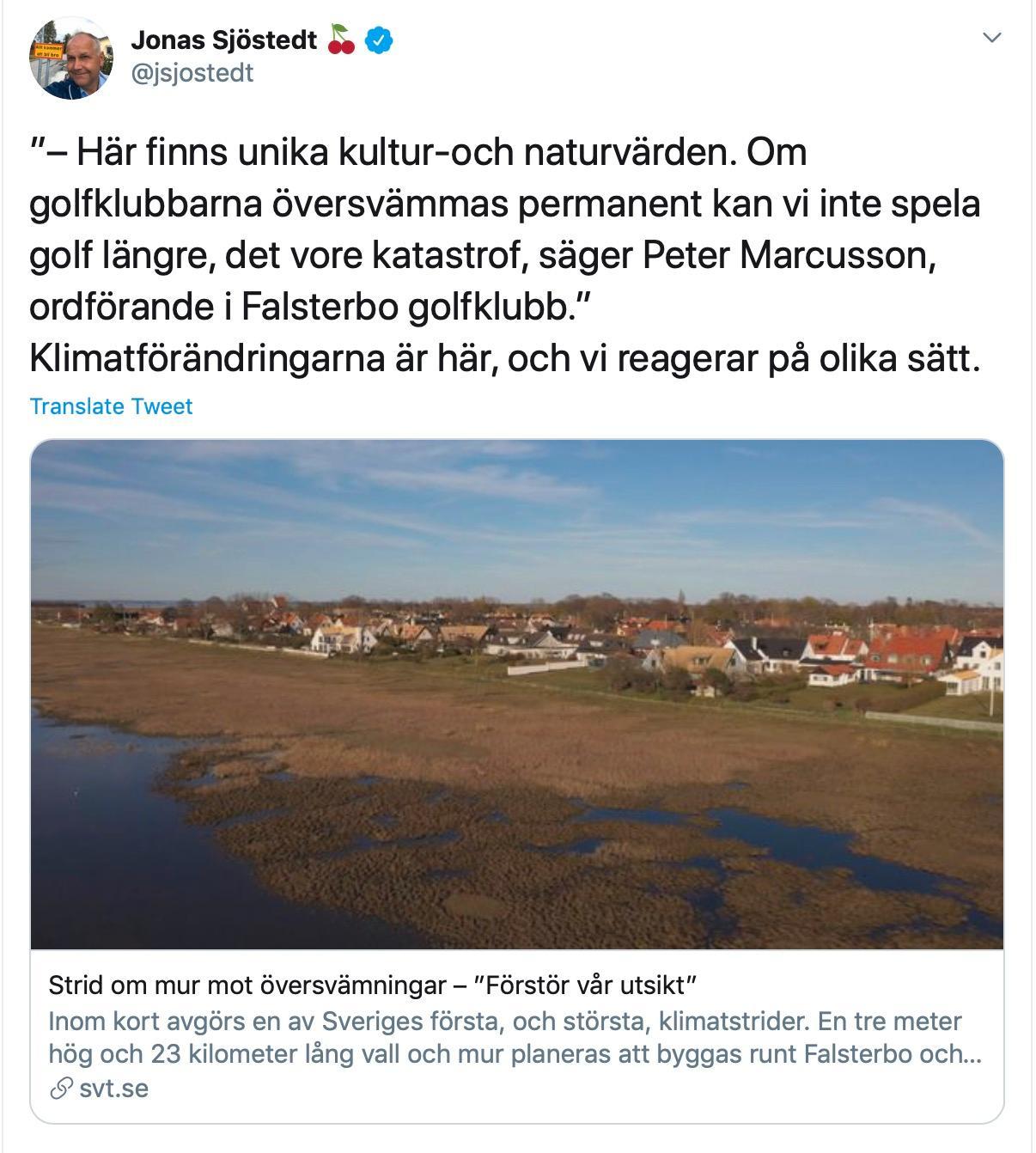 Partiledaren Jonas Sjöstedt (V) twittrade om tvisten mellan Vellinge kommun, ortsbor och Falsterbos golfklubbar.