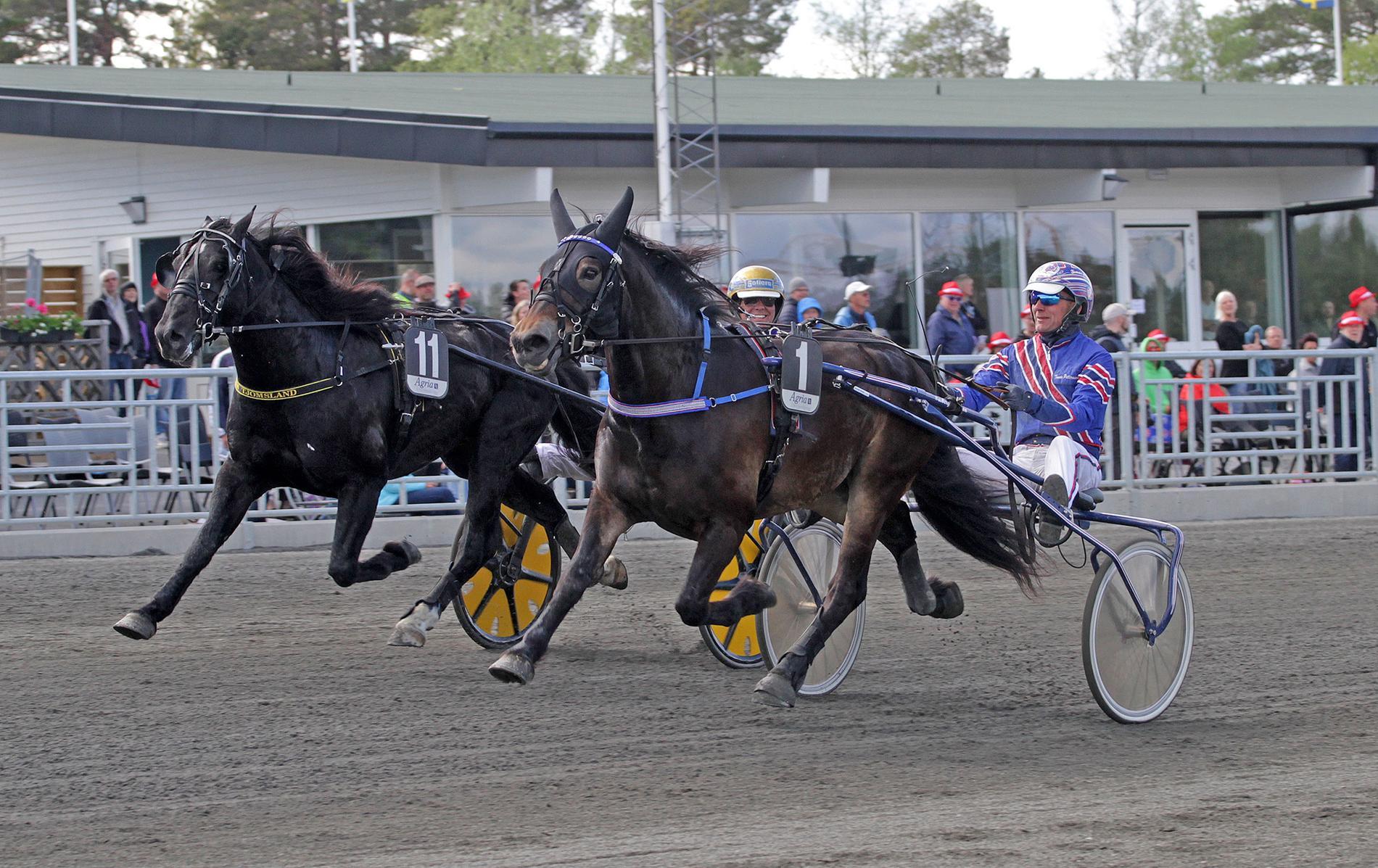 G.G.Ojjdo och Tomas Pettersson vid skrällsegern förra lördagen.