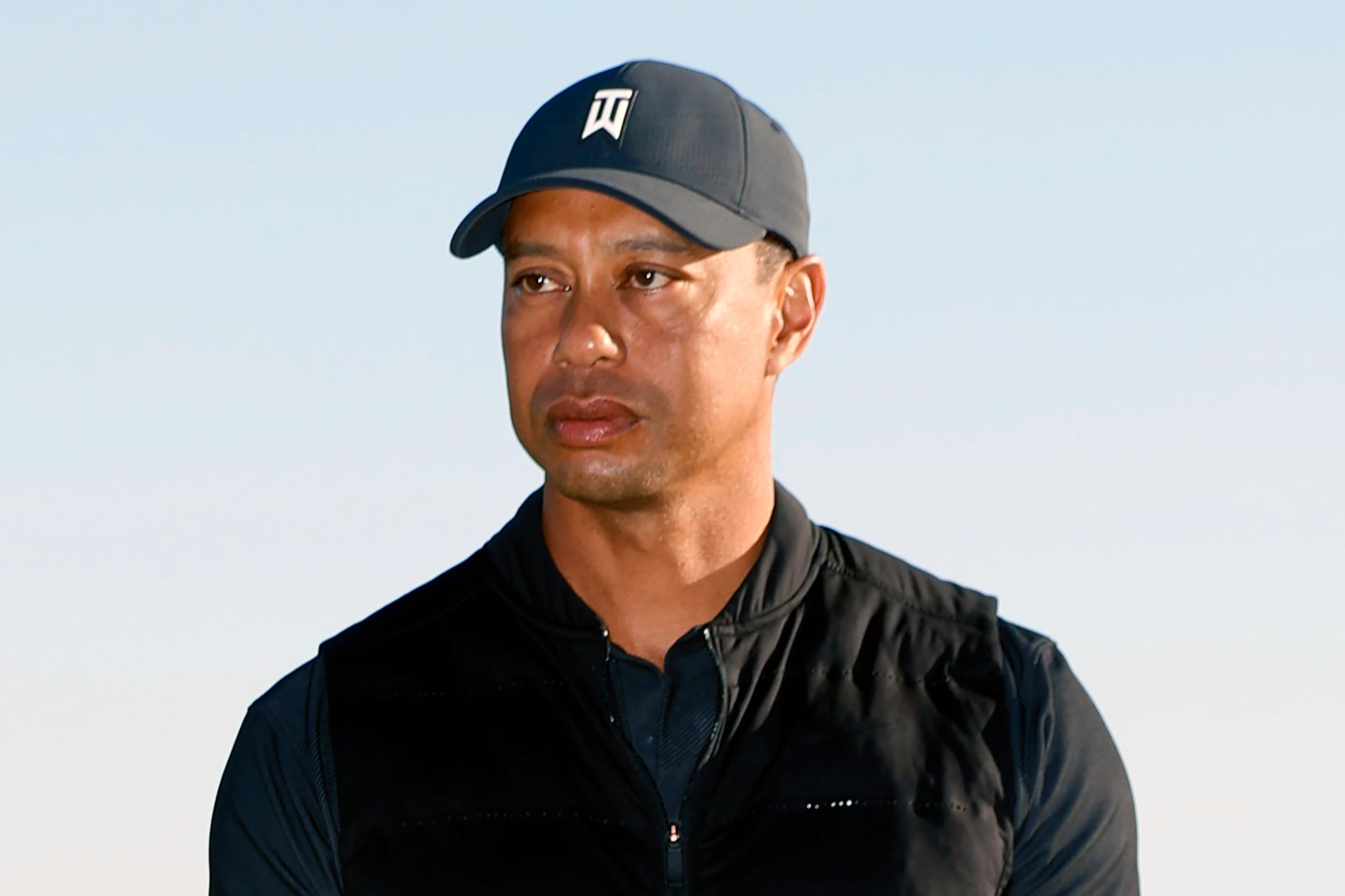Tiger Woods skadades allvarligt i en bilolycka i februari. Arkivbild.