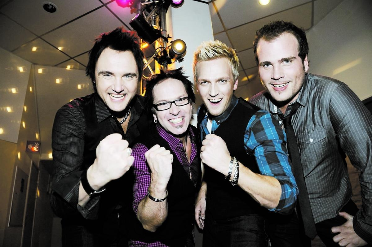 """""""Det här är det största som har hänt oss"""", säger sångaren Henrik Strömberg. I går firade Scotts med skumpa."""