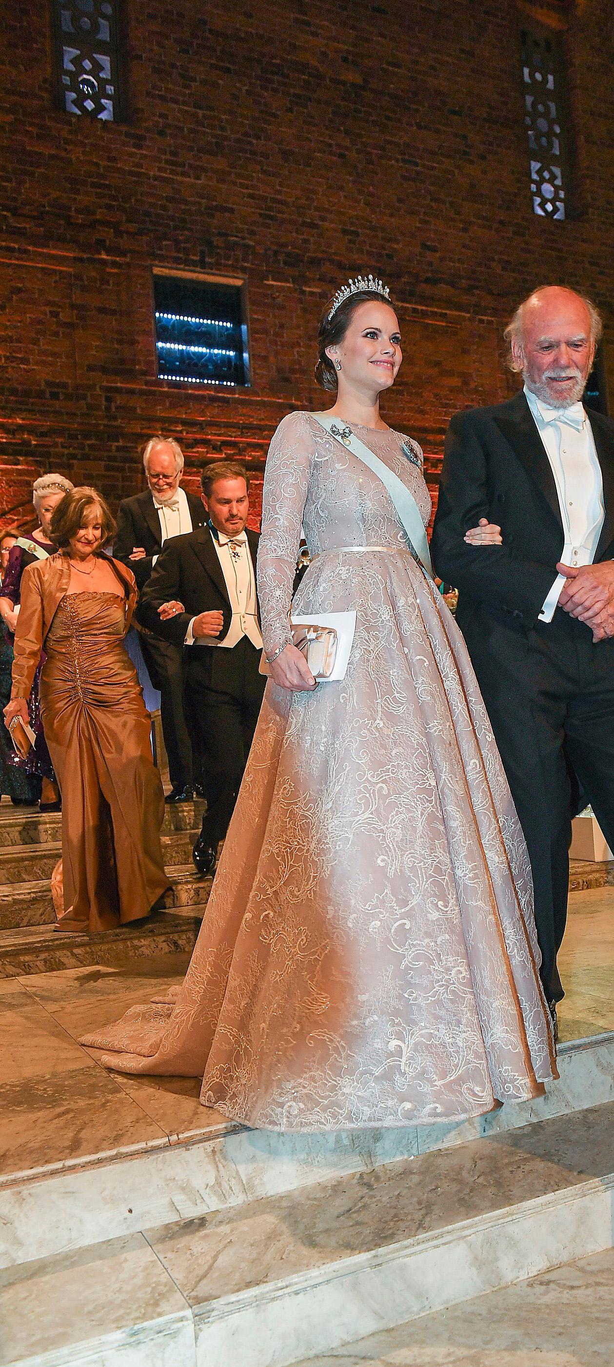 2017. Tredje Nobelfesten för Sofia blev en svensk affär. Ida Lanto fick uppdraget.