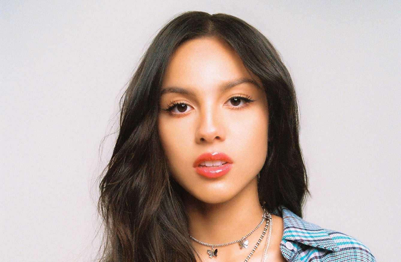 Närvaron, ilskan och låtskrivarfinessen på Olivia Rodrigos debut imponerar stort.