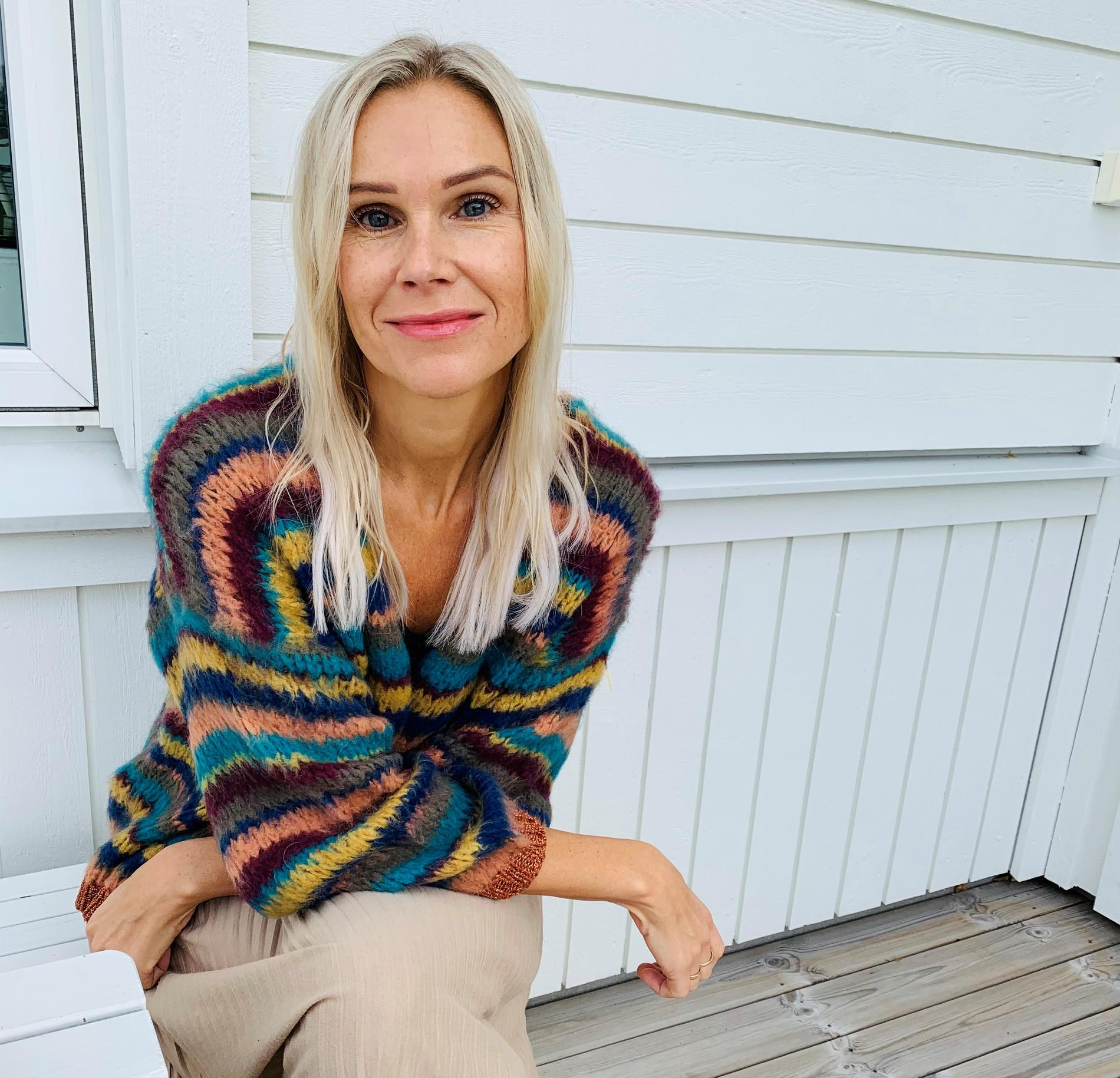 I dag arbetar Eva som samtalsterapeut för att hjälpa andra.