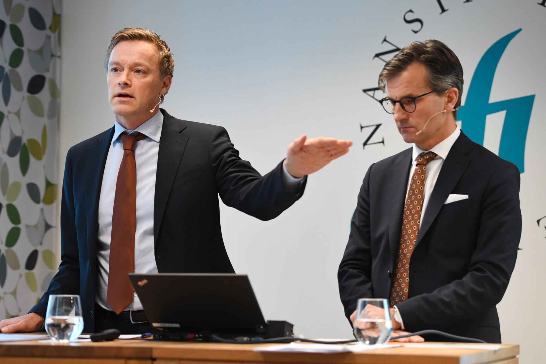 Henrik Braconier och Erik Thedéen på Finansinspektionen.