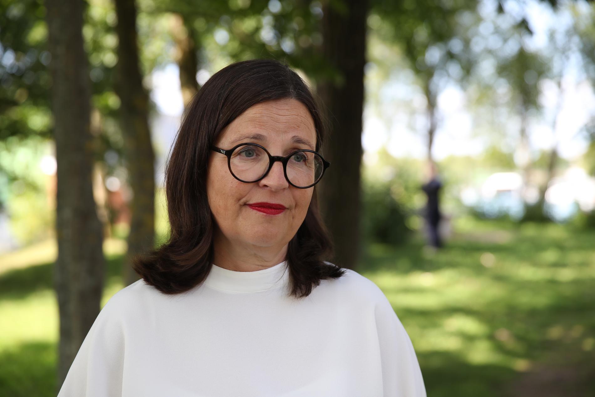 """""""Jag skulle bli väldigt glad om vi efter hundra år efter allmän- och lika rösträtt fick en kvinnlig statsminister i Sverige"""", säger Anna Ekström."""