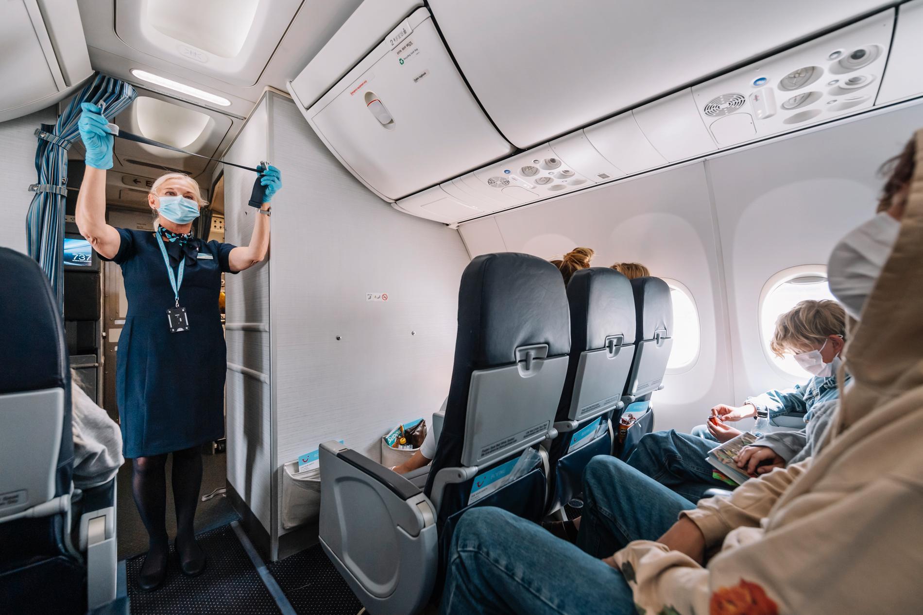 Det råder munskyddskrav ombord på flygresor. Arkivbild.