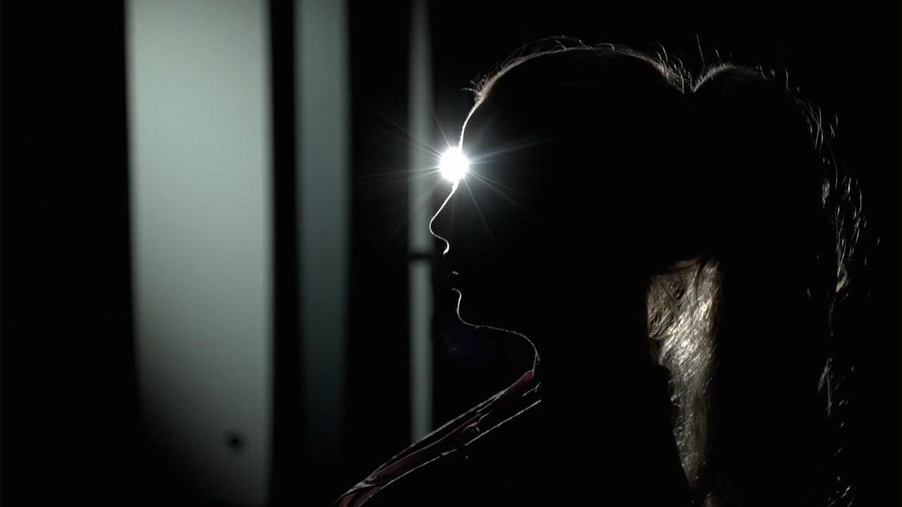 """I TV4:s """"Kalla fakta"""" berättar kvinnan som anklagat Göran Lambertz för våldtäkt sin version om vad som hände."""