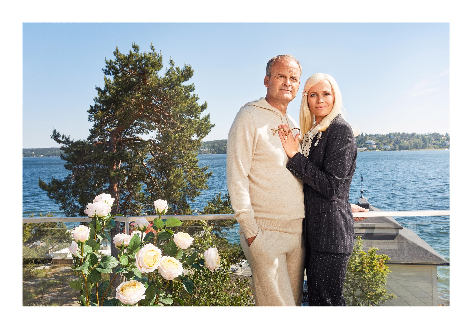 """Johan Rheborg och Josephine Bornebusch som Fredde och Mickan i """"Solsidan"""""""