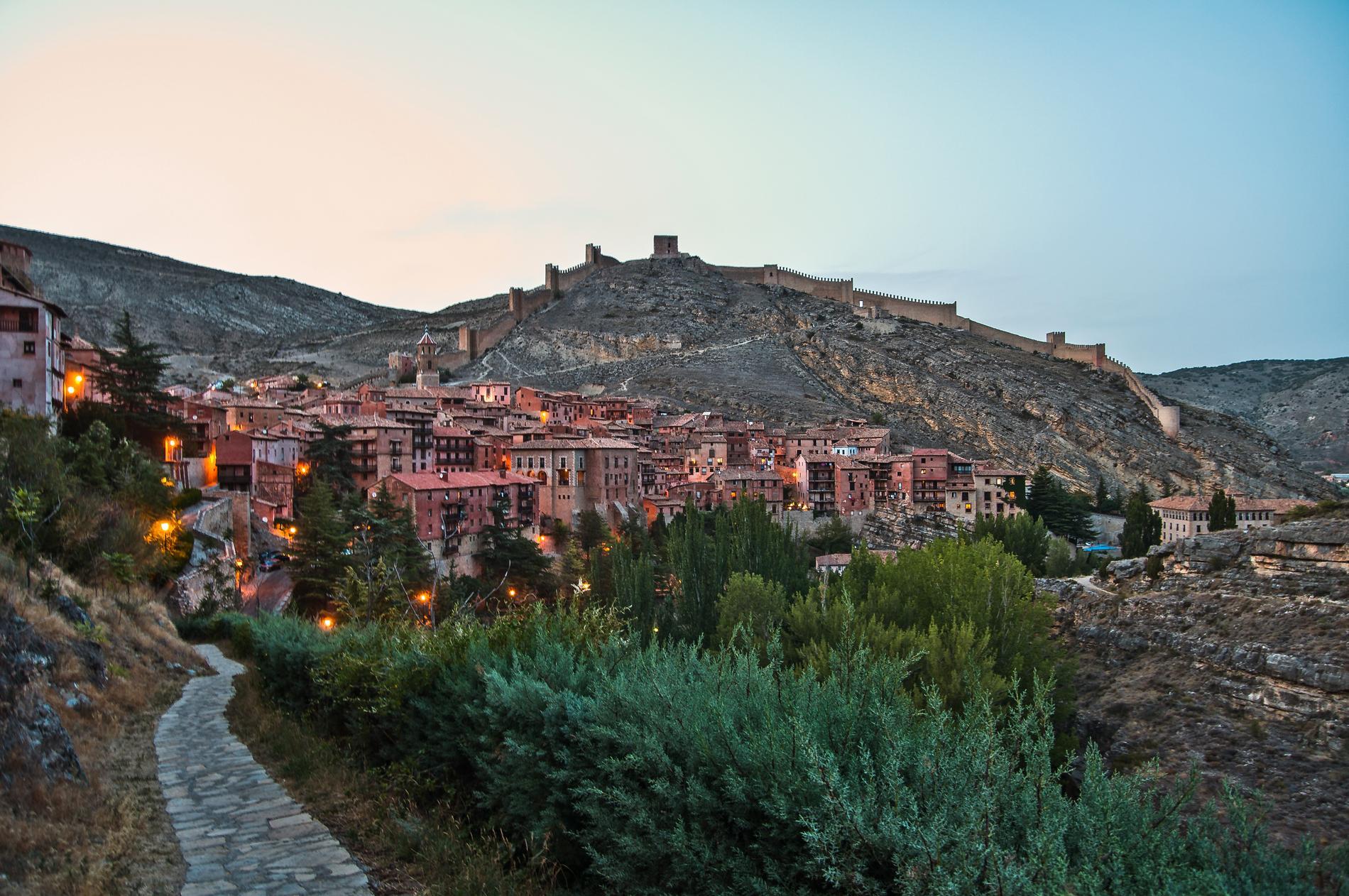 Många bergsklättrare gillar Albarracín.