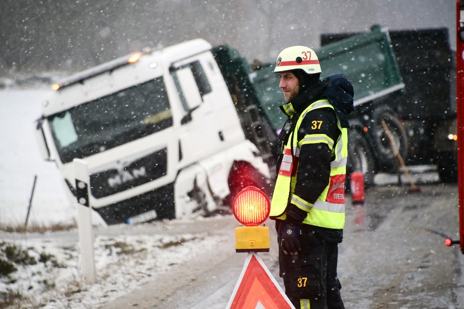 Olycka på Norra Sturupsvägen utanför Holmeja i Skåne.