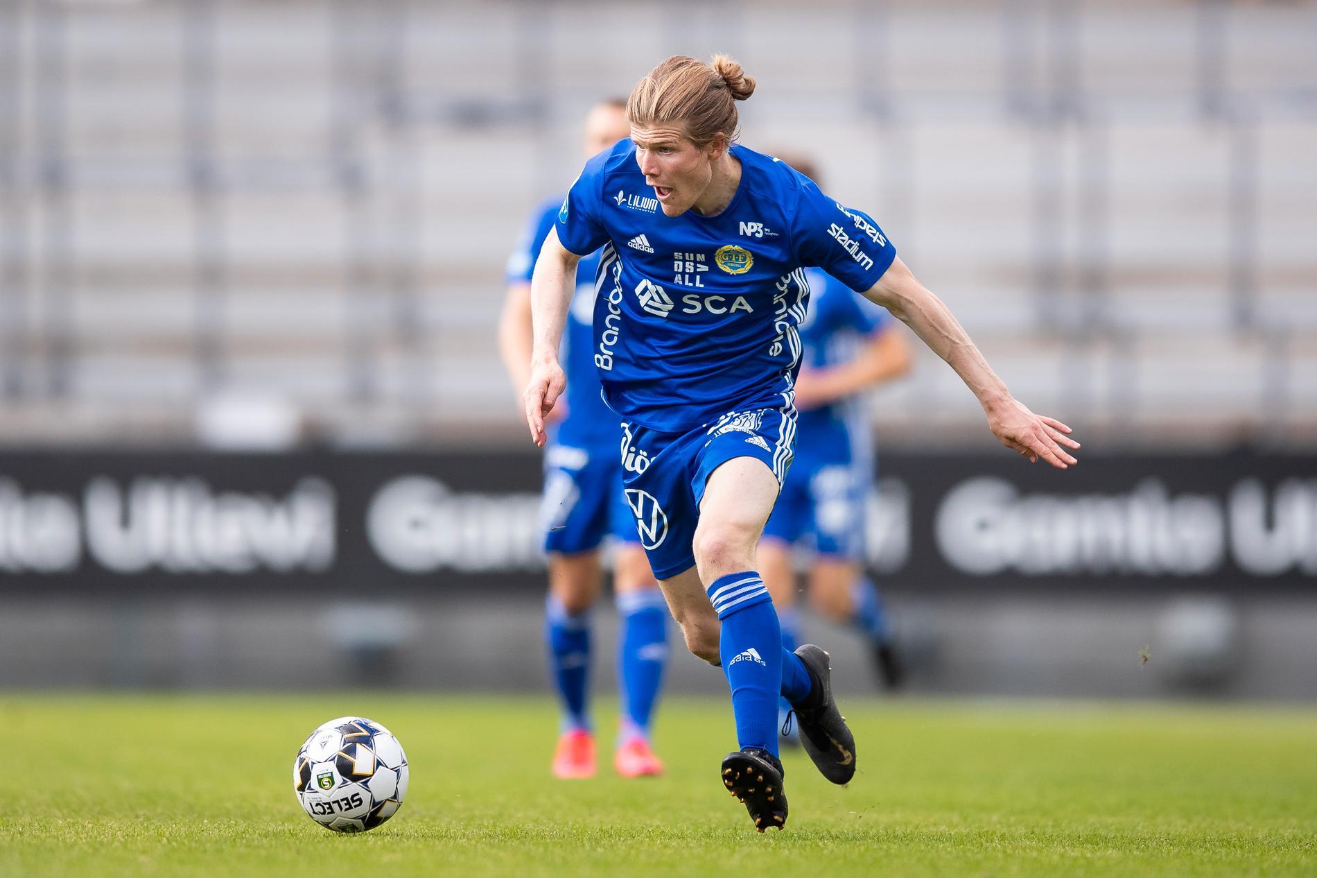 Oliver Berg blev tvåmålsskytt för Gif Sundsvall.