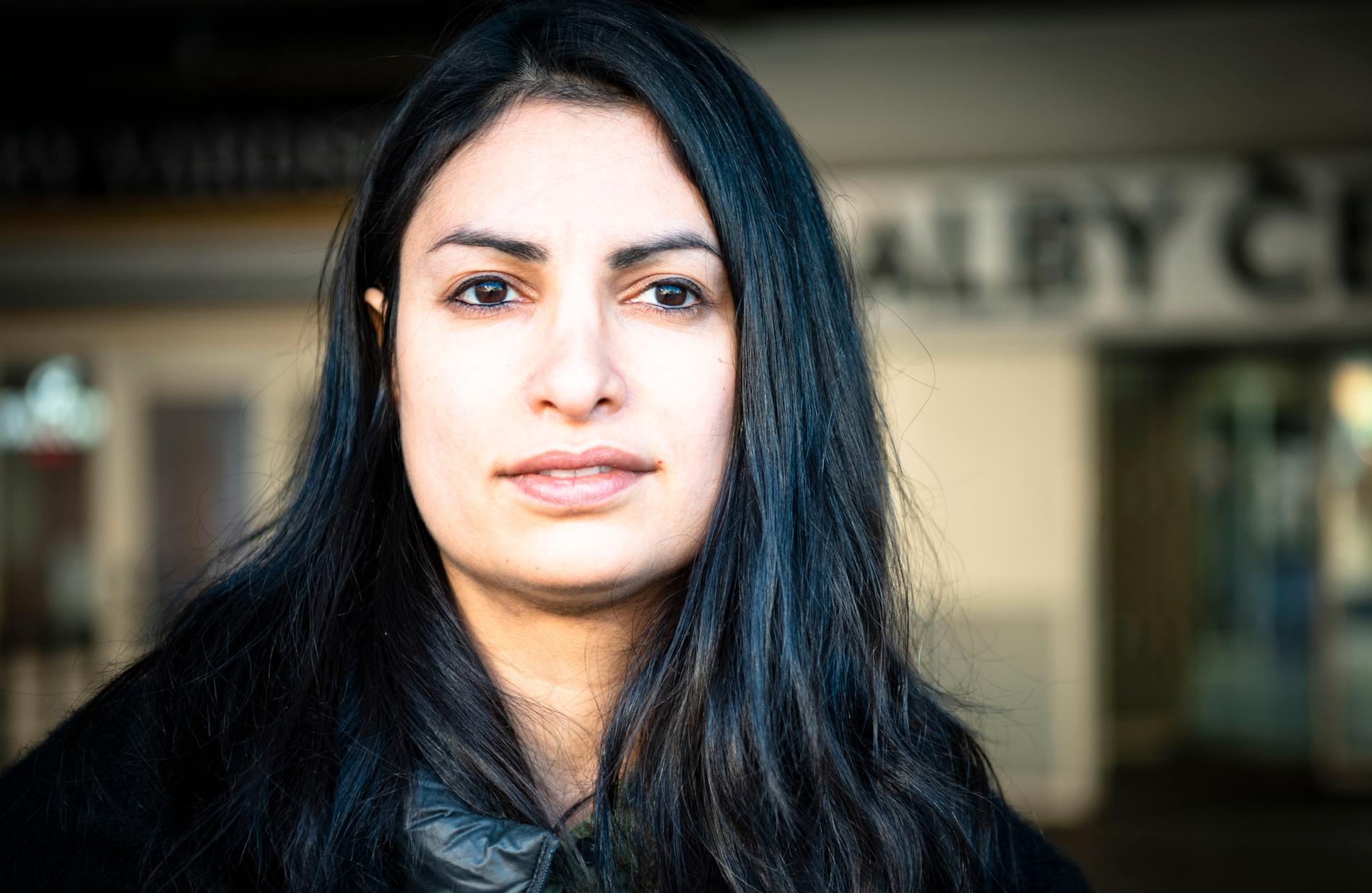 Nooshi Dadgostar föddes på en flyktingförläggning i Perstorp.