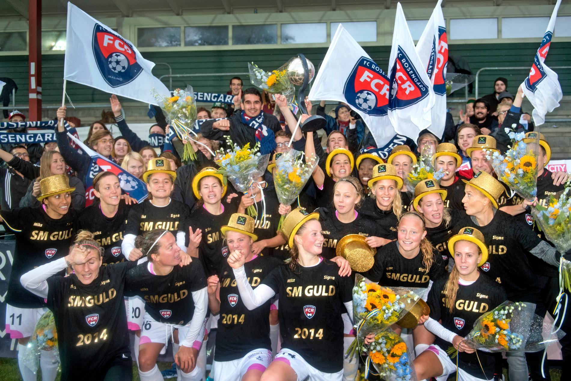 Rosengårds spelare firar SM-guldet 2014.