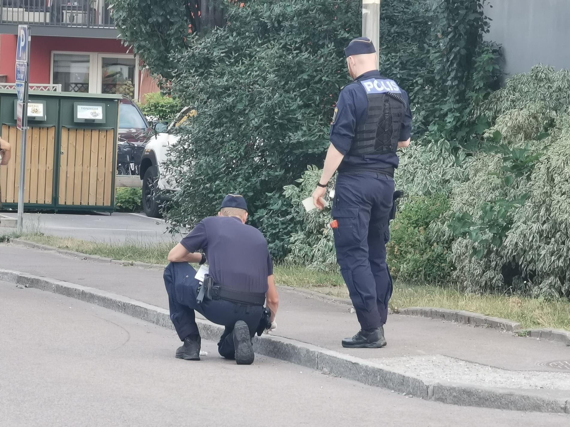 Enligt uppgifter till Aftonbladet utreds händelsen som misstänkt mordförsök.