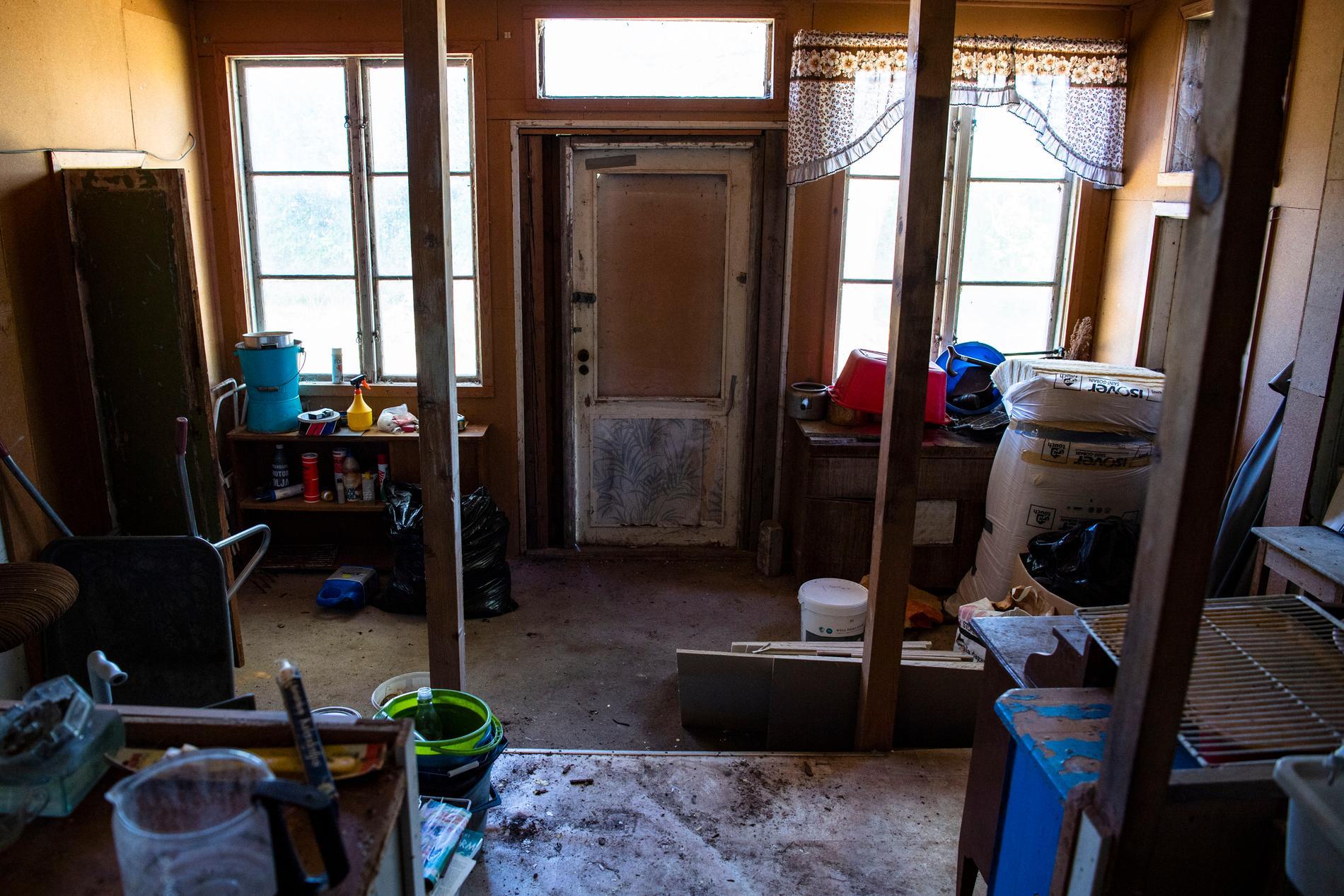 Huset har omfattande renoveringsbehov, men mäklaren Peter Tumegård är övertygad om att det kommer att säljas dyrt.