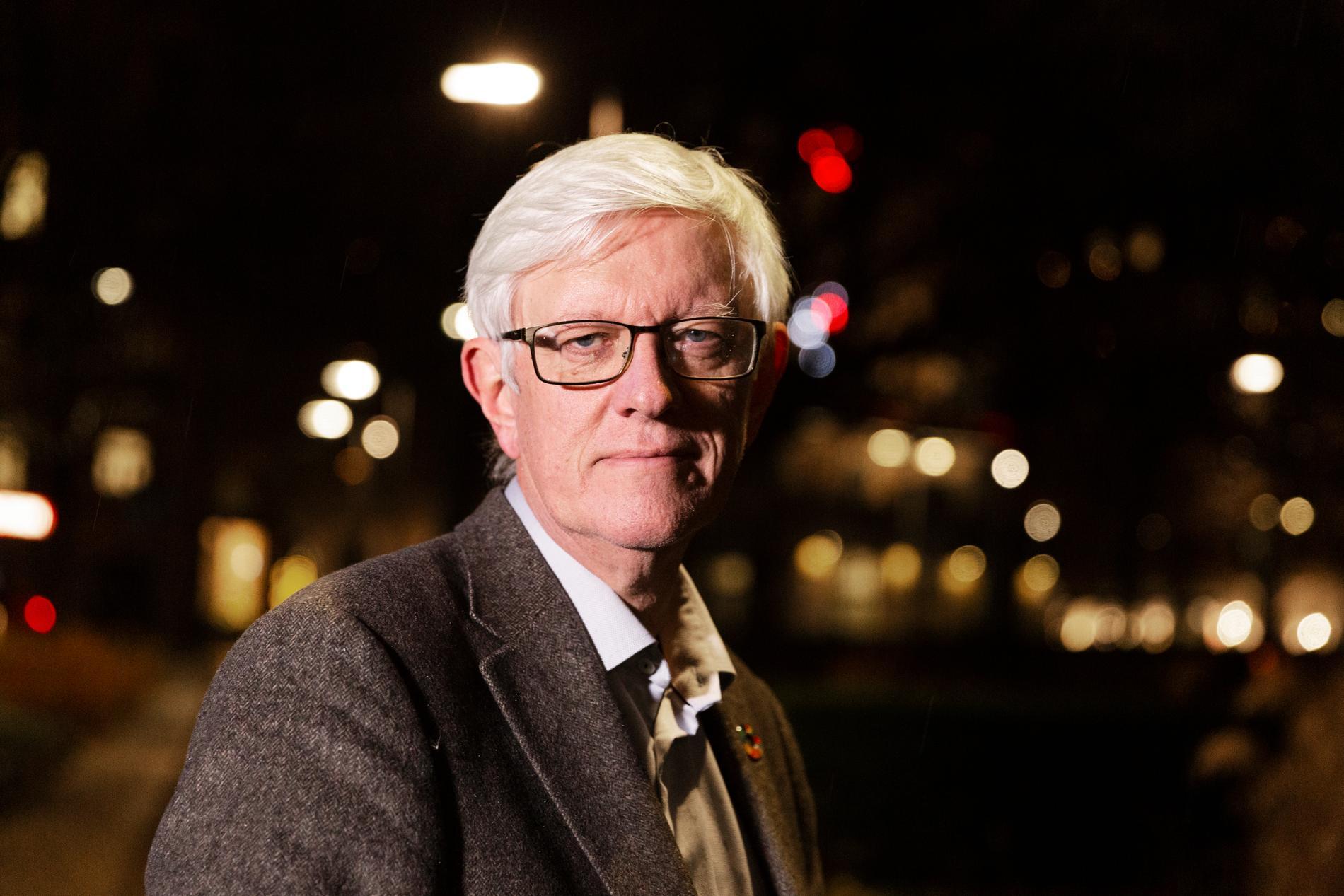 Johan Carlson, generaldirektör för Folkhälsomyndigheten, pendlar till jobbet från Uppsala. Arkivbild.