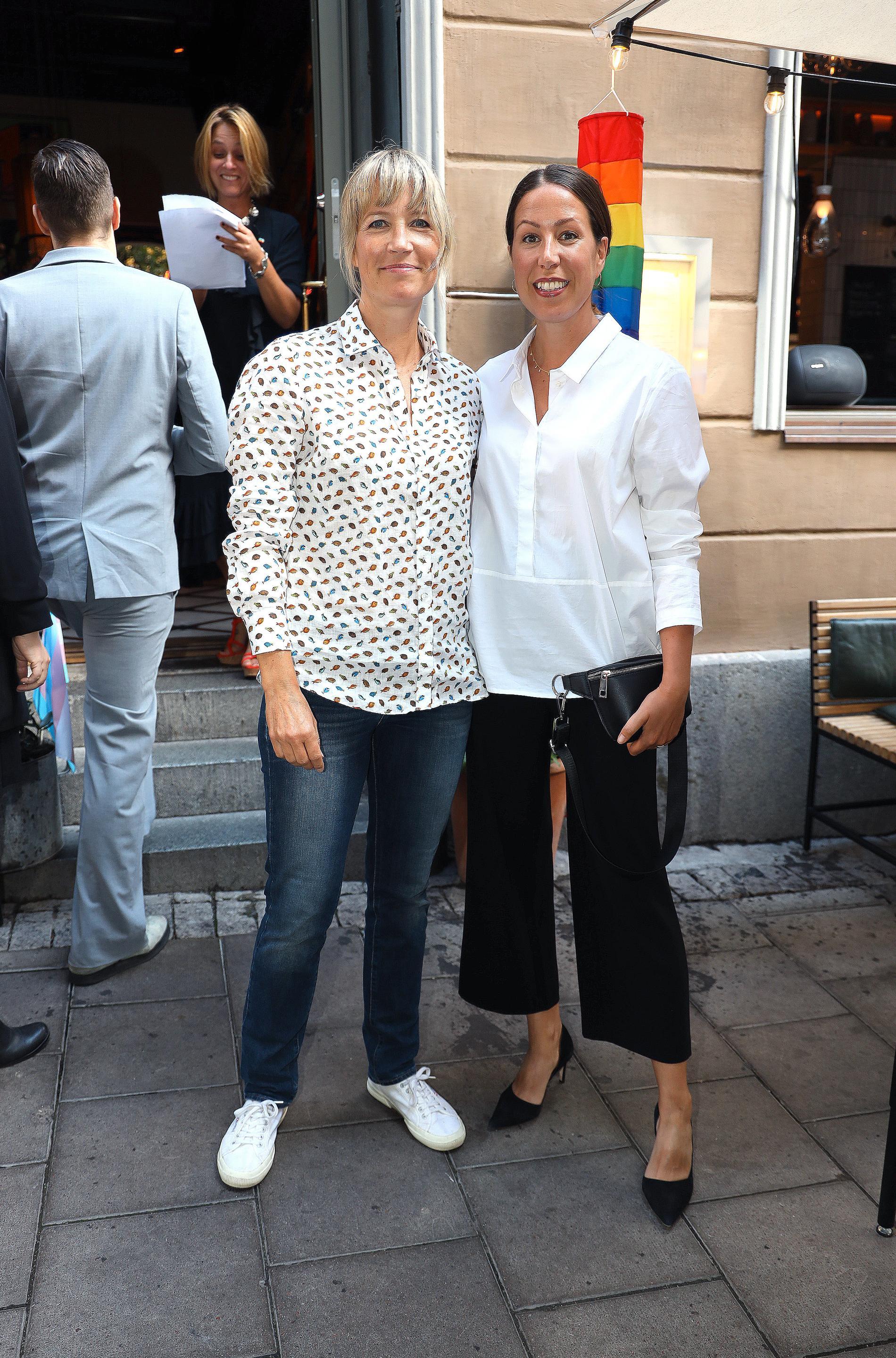 Sophie Uppvik, Robinson-profil, med flickvännen Sofia Knaz.
