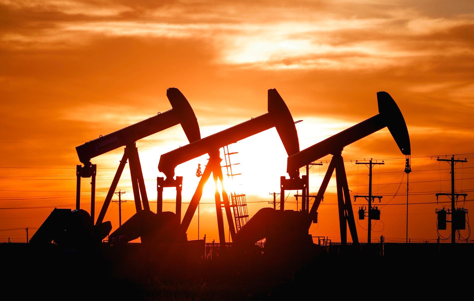 Snabbt stigande energipriser kan slå hårt mot tunga industriföretag, varnar analytiker. Arkivbild