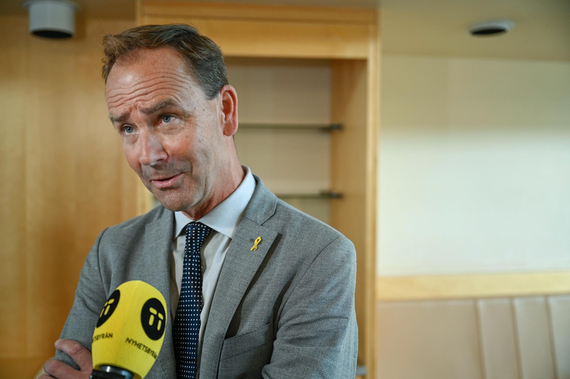 Liberalernas försvarspolitiske talesperson Alan Widman är skeptisk till att FRA ska få signalspana även om det inte rör svenska säkerhetsintressen. Arkivbild.