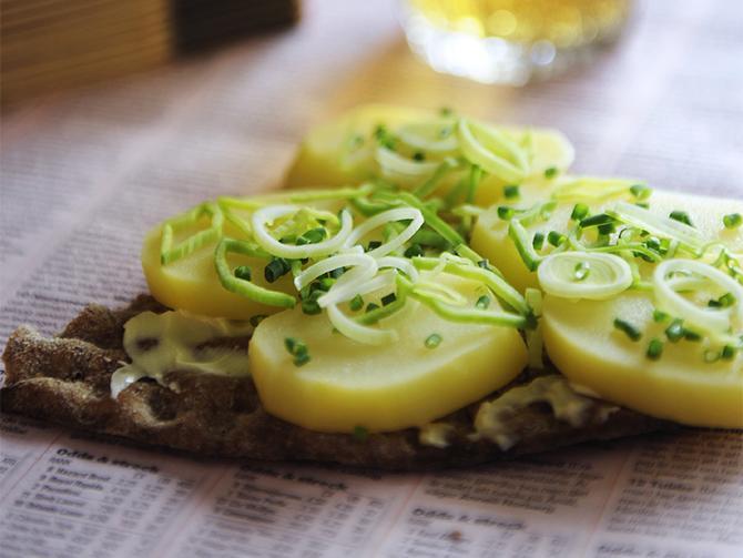 Potatis och purjo på mackan.