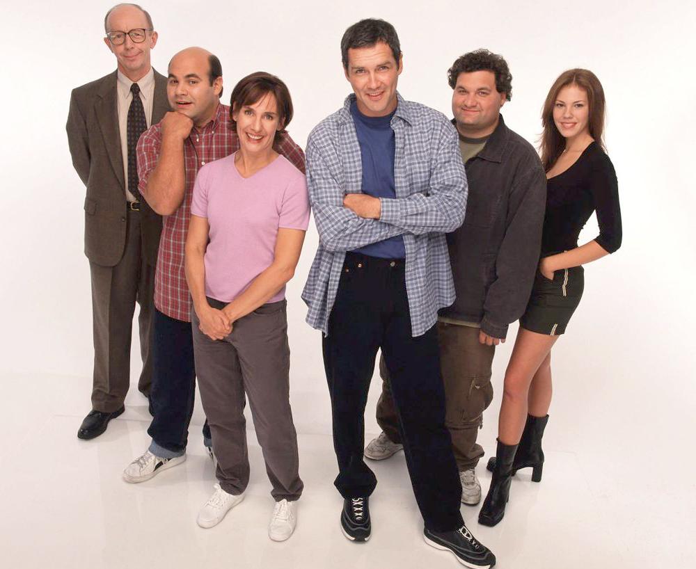 "Max Wright, Ian Gomez, Laurie Metcalf, Norm Macdonald, Artie Lange och Nikki Cox i sitcom-serien ""Norm""."