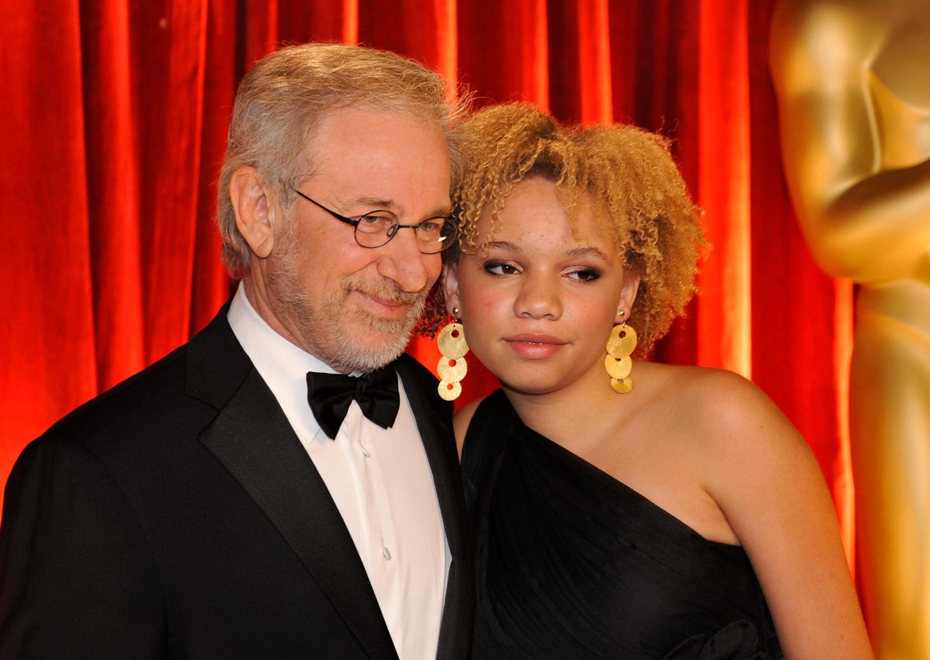 Steven Spielberg med dottern Mikaela Spielberg.